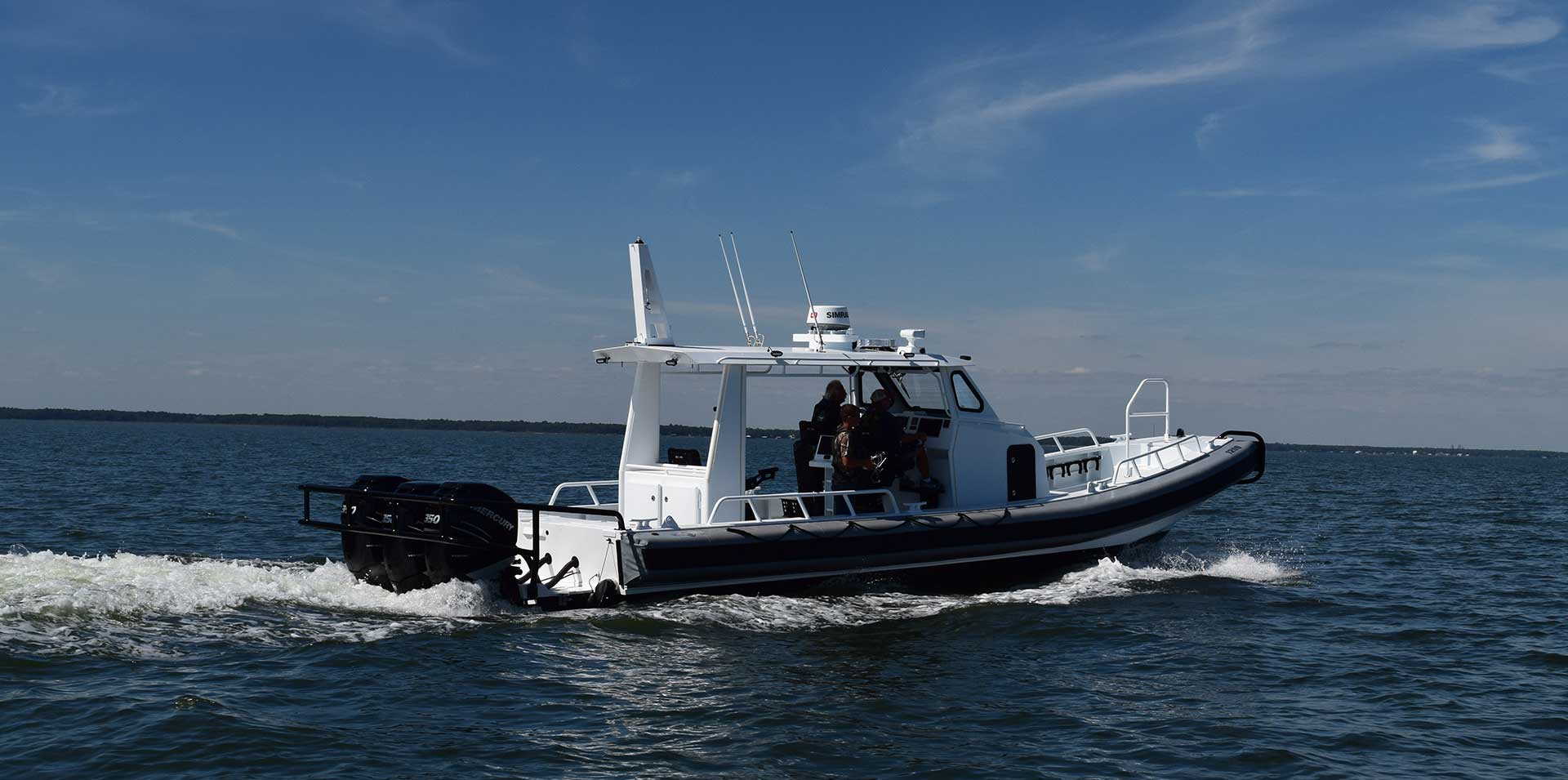 Silver Ships Ambar Series AM 1200 patrol boat open pilothouse