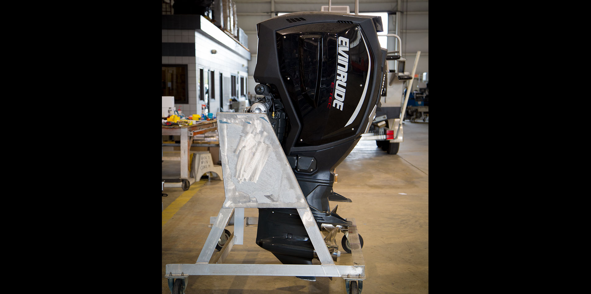 Up close evinrude outboards